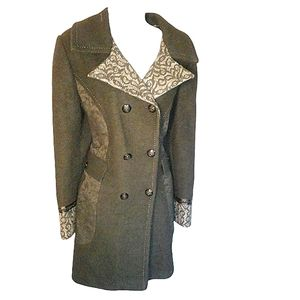 Vintage plus size goth, lace silver wool pea/trench coat. Size 16.